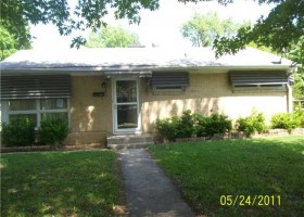 2207 Winton ext front